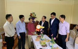 The handover ceremony of house for a single elderly woman in Nam Dinh province