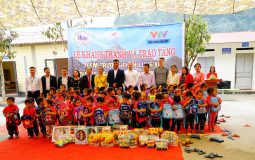 The house/school – giving project inspires the lives of poor people in Vi Xuyen district